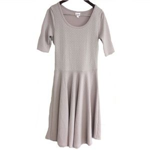 LuLaRoe Nicole Dress Medium NWOT New Gray Stretch